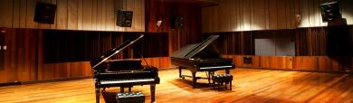 piano-music-studio-playing-room-header