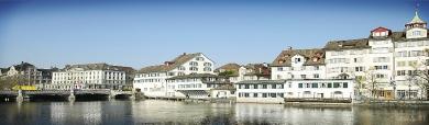 houses-on-lake-header